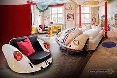 kamar-hotel-tema-otomotif