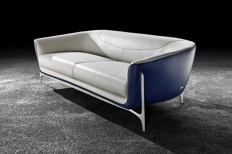 timeless-design-sofa-mercedesbenz